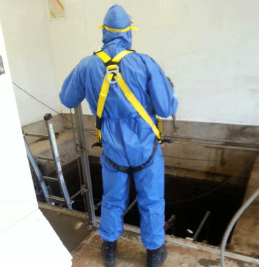 Confined space trained worker